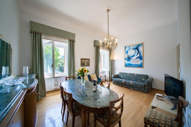 Rome Unique Popolo Villa Borghese View 3 bedroom